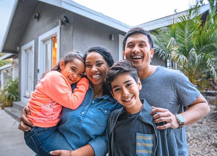 RaiseaChild - Happy Family